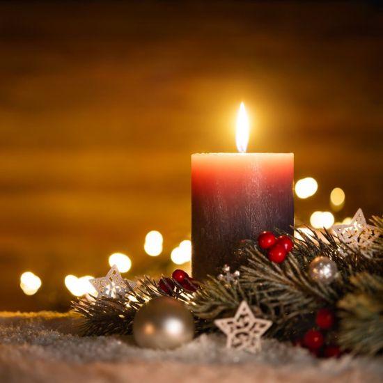 A Candlelight Christmas Concert